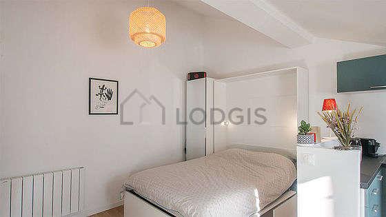 Séjour calme équipé de 1 lit(s) armoire de 140cm, télé, chaine hifi, armoire
