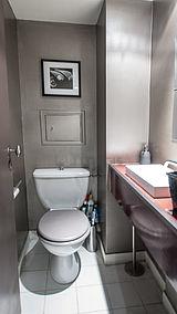 アパルトマン パリ 8区 - トイレ