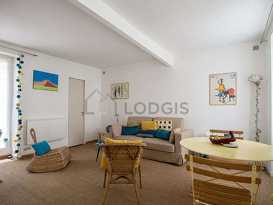 Very quiet living room furnished with 1 sofabed(s) of 140cm, tv, 2 armchair(s), 2 chair(s)