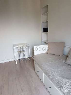 Very quiet living room furnished with 1 pullout bed(s) of 80cm, tv, storage space, cupboard
