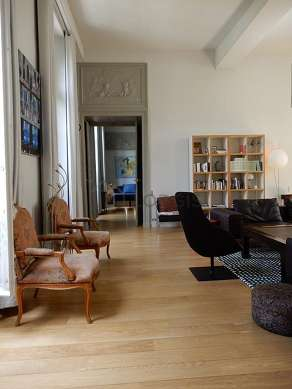 Large living room of 60m²