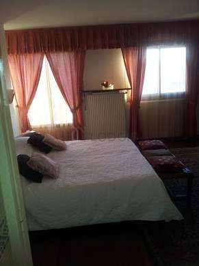 Very quiet bedroom for 2 persons equipped with 1 twin beds of 180cm