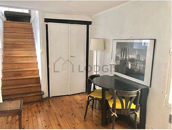 Beautiful dining room with woodenfloor for 4 person(s)
