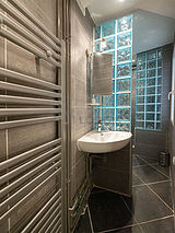 アパルトマン パリ 9区 - バスルーム