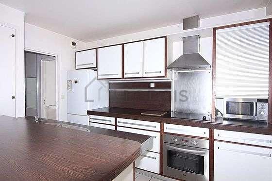Kitchen of 7m²