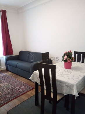 Quiet living room furnished with 1 sofabed(s) of 140cm, tv, cupboard