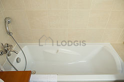 Duplex Paris 8° - Bathroom