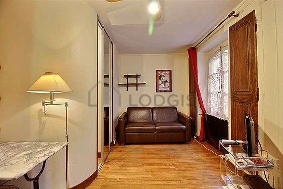 Very quiet living room furnished with 1 sofabed(s) of 0cm, tv, cupboard, 1 chair(s)