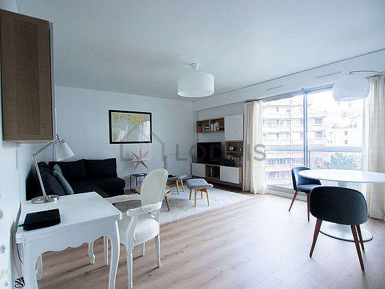 Very quiet living room furnished with 1 sofabed(s) of 160cm, tv, 2 armchair(s), 3 chair(s)
