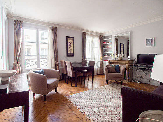 Very quiet living room furnished with 1 sofabed(s) of 160cm, tv, 2 armchair(s), 4 chair(s)
