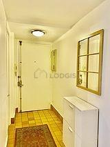 Duplex Paris 4° - Entrance