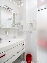 Apartment Paris 1° - Bathroom