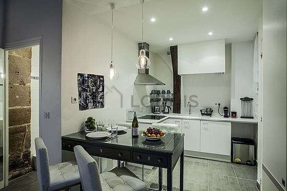 Great kitchen of 6m² with tilefloor