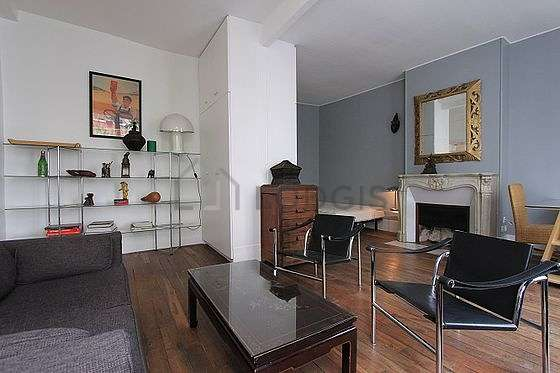 Very quiet living room furnished with 1 bed(s) of 140cm, sofa, 2 armchair(s), 2 chair(s)