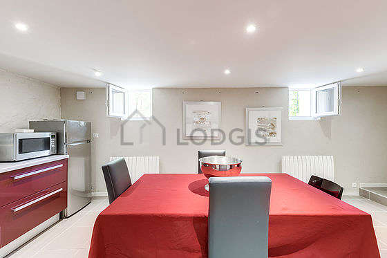 Great kitchen of 30m² with tilefloor