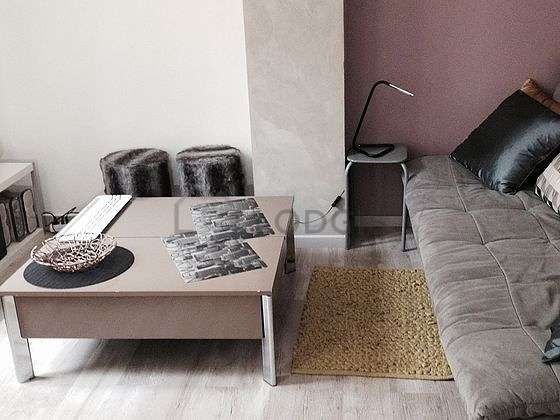 Very quiet living room furnished with 1 sofabed(s) of 80cm, tv, 1 armchair(s), 1 chair(s)