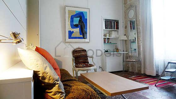 Séjour très calme équipé de 1 canapé(s) lit(s) de 0cm, canapé, 1 fauteuil(s)