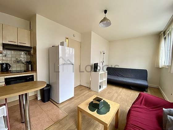 Very quiet living room furnished with 1 sofabed(s) of 140cm, sofa, wardrobe, 1 chair(s)