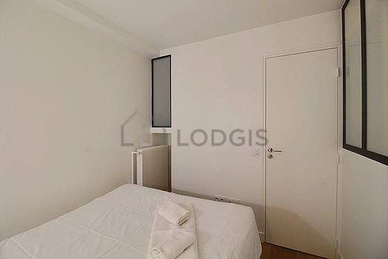 Very quiet bedroom for 2 persons equipped with 1 bed(s) of 120cm