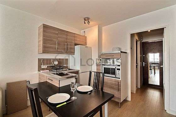 Kitchen where you can have dinner for 2 person(s) equipped with dishwasher, hob, refrigerator, crockery