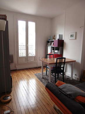 Very quiet living room furnished with hi-fi stereo, wardrobe, cupboard, 1 chair(s)