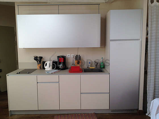 Great kitchen of 25m² with woodenfloor