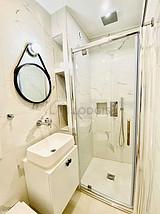 Duplex Paris 12° - Bathroom