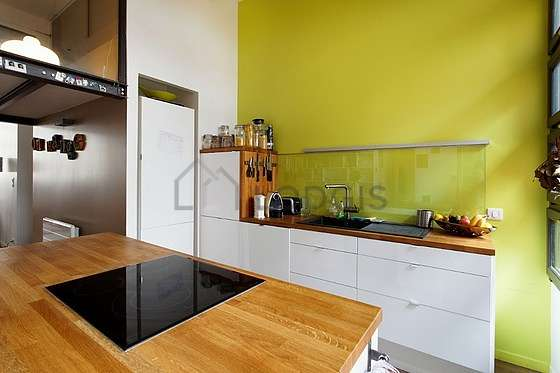 Great kitchen of 15m² with woodenfloor