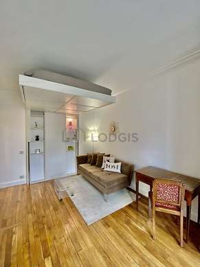 Very quiet living room furnished with 1 loft bed(s) of 140cm, tv, closet, 1 chair(s)