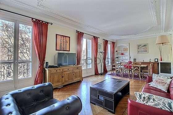 Magnifique séjour très calme et lumineux d'un appartementà Paris