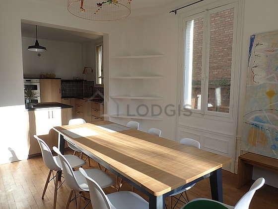 Salle à manger équipée de table à manger, 6 chaise(s), tabouret