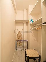 Apartment Paris 4° - Dressing room