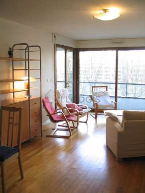 Very quiet living room furnished with 1 sofabed(s) of 140cm, tv, hi-fi stereo, 3 armchair(s)