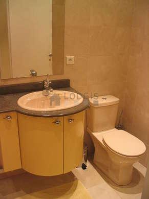 Beautiful bathroom with marblefloor