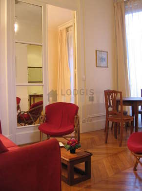 Very quiet living room furnished with 1 sofabed(s) of 120cm, 2 armchair(s), 4 chair(s)