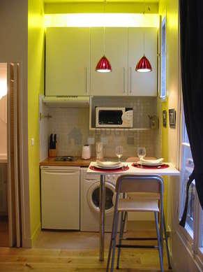 Beautiful kitchen of 1m² with tilefloor
