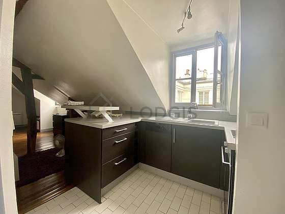 Beautiful kitchen of 2m² with tilefloor