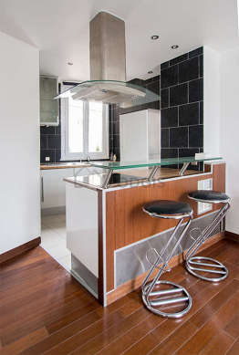 Great kitchen of 5m²opens on the living room with tilefloor