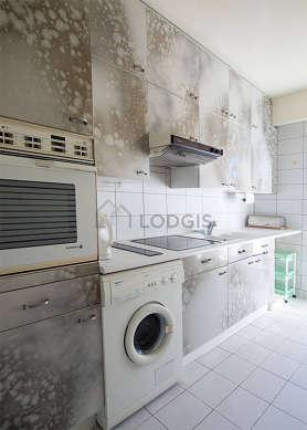Beautiful kitchen of 8m² with tilefloor