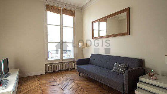 Quiet living room furnished with 1 sofabed(s) of 90cm, tv, hi-fi stereo, 4 chair(s)