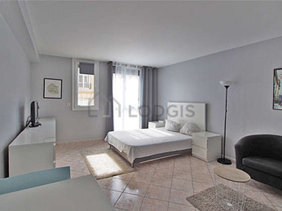 Large living room of 26m² with tilefloor