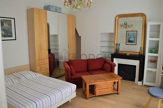 Very quiet living room furnished with 1 bed(s) of 140cm, 1 sofabed(s) of 140cm, tv, hi-fi stereo