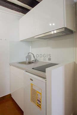 Kitchen with floor tilesfloor