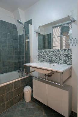 Beautiful bathroom with windows