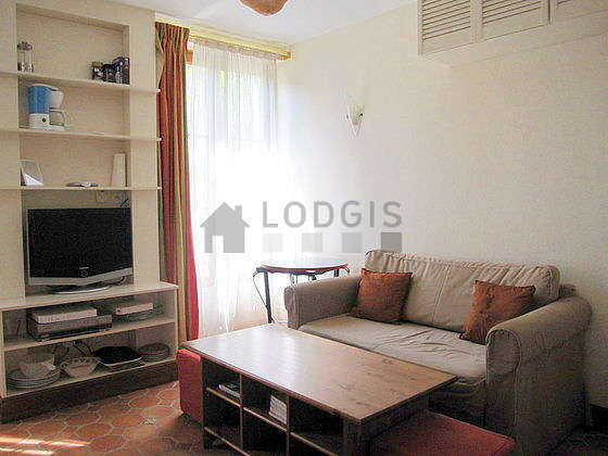 Very quiet living room furnished with 1 sofabed(s) of 120cm, tv, dvd player, wardrobe