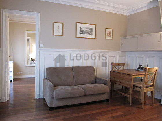Very quiet living room furnished with 1 sofabed(s) of 120cm, tv, dvd player, 2 chair(s)