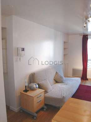 Quiet living room furnished with 1 sofabed(s) of 160cm, tv, hi-fi stereo, wardrobe