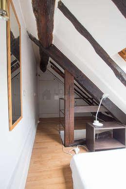Beautiful mezzanine equipped with cupboard
