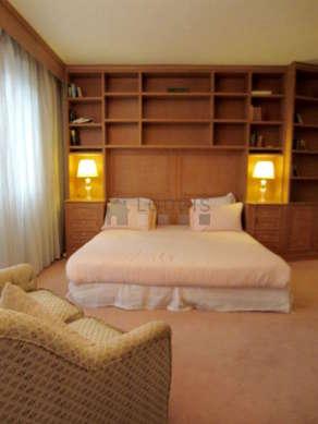 Chambre pour 2 personnes équipée de 1 lit(s) de 180cm