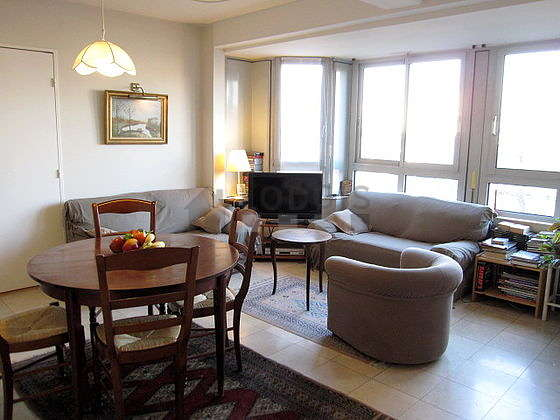 Quiet living room furnished with 1 sofabed(s) of 140cm, tv, dvd player, 3 armchair(s)